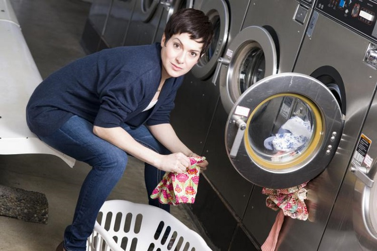 How to wash silk clothes