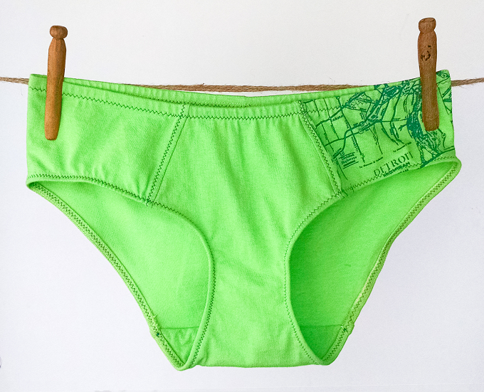What does the color of underwear in New Year mean?