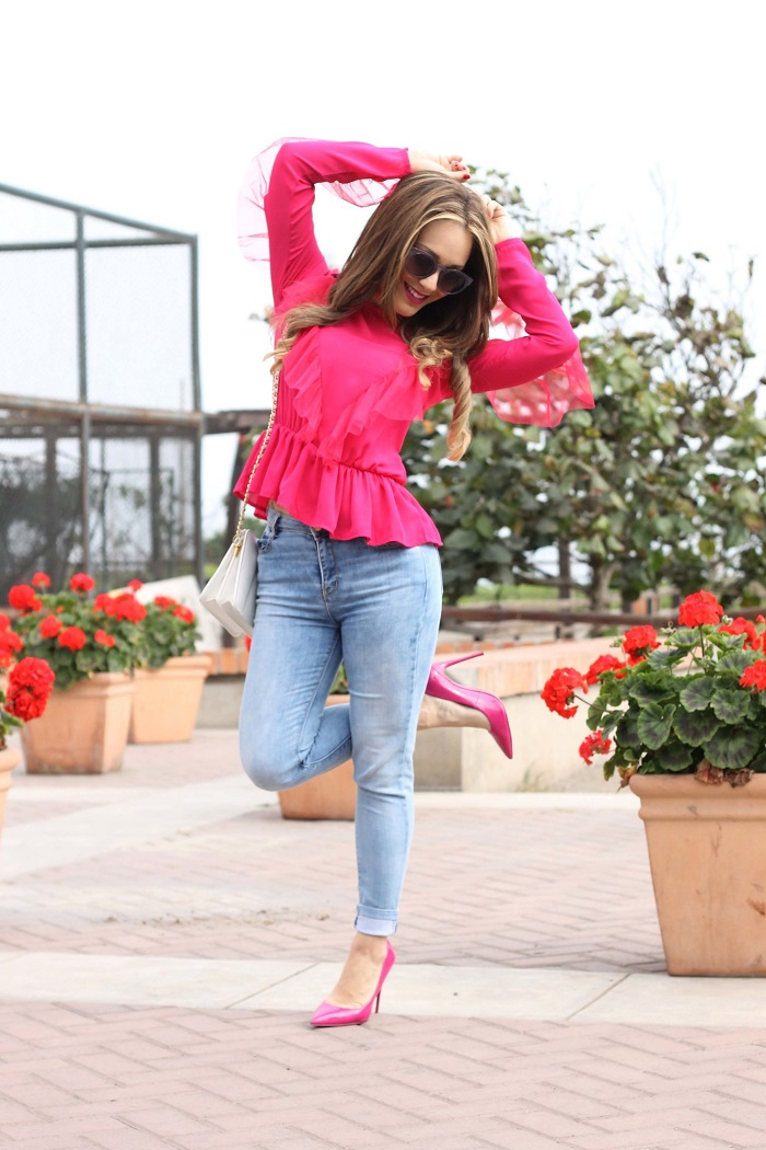 Fuchsia: how to wear the color of the moment?