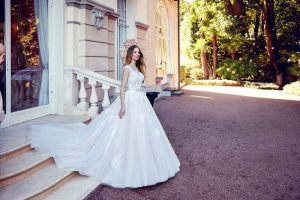 wedding dress styles for body types
