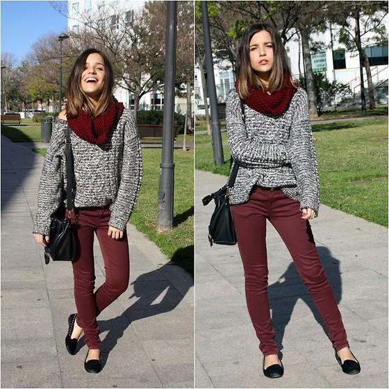 How to wear burgundy pants