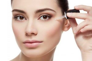 Hyaluronic acid for dark circles
