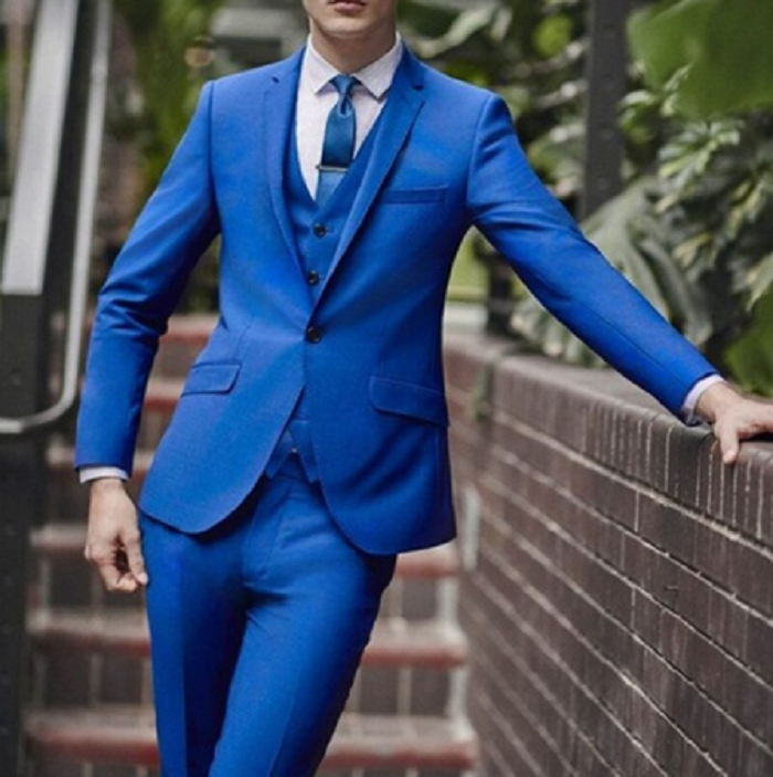bright color suit with blue pant