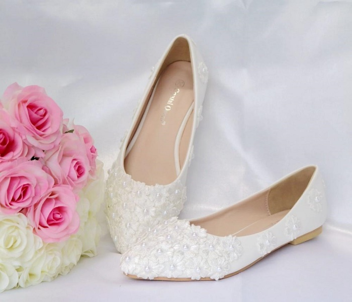Ideas of White Bridal Shoes: Choose